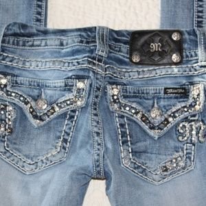 Miss Me Straight Jeans Size 25